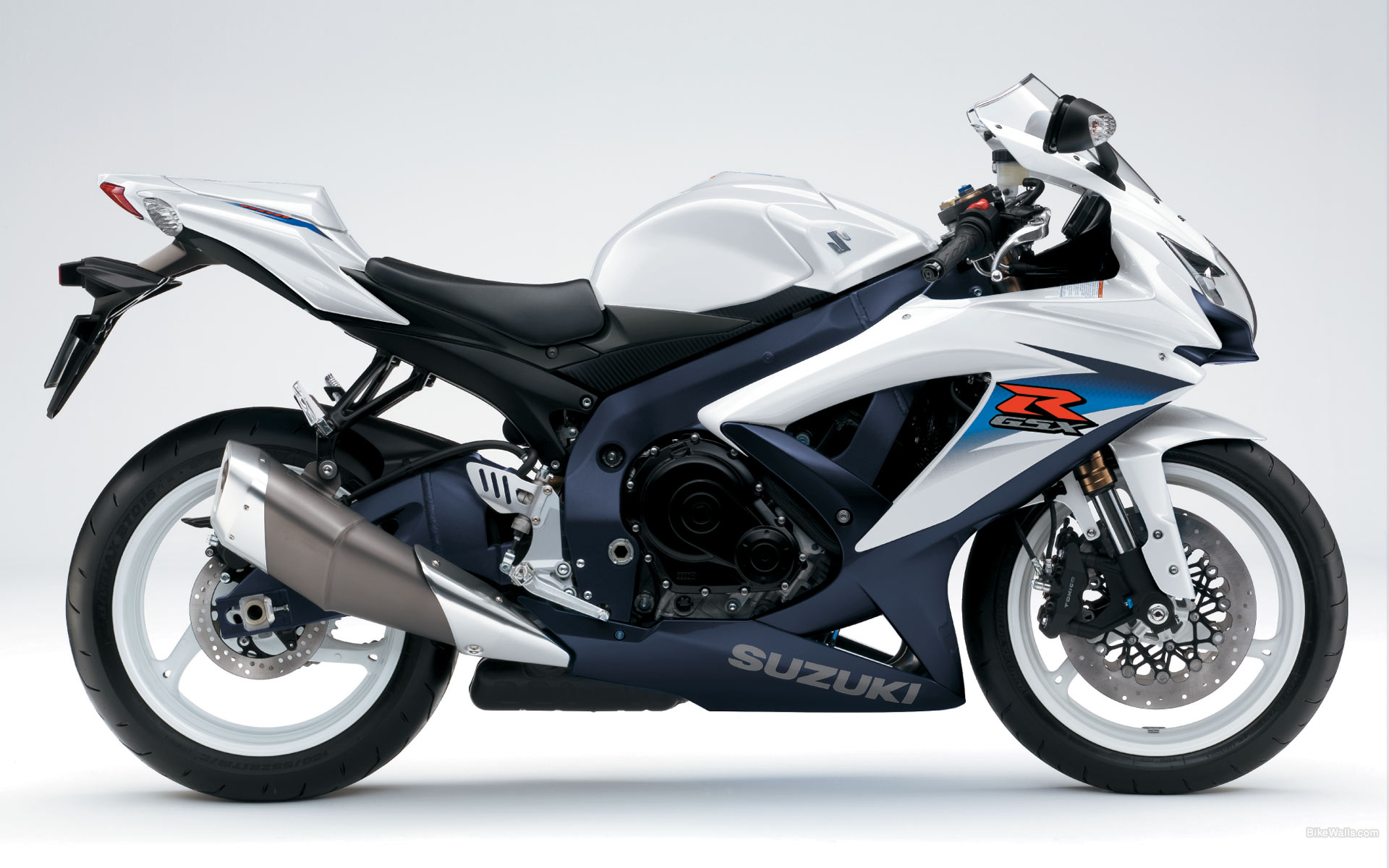 2010 suzuki gsx r 600 pics specs and information. Black Bedroom Furniture Sets. Home Design Ideas