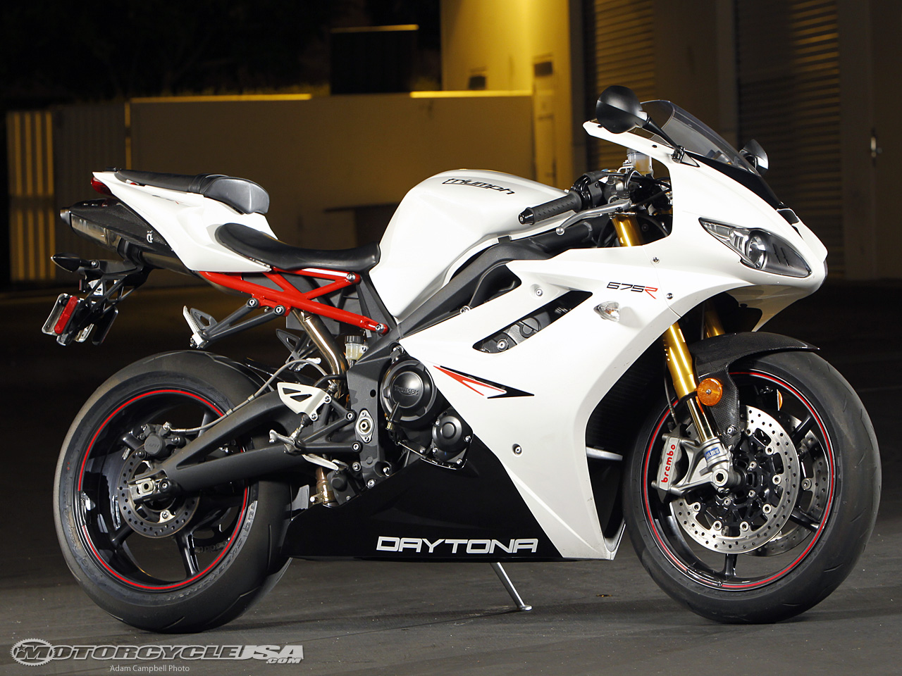 2011 Triumph Daytona 675 Pics Specs And Information
